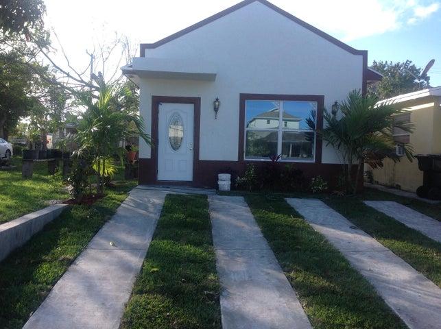 321 S E Street, Lake Worth, FL 33460