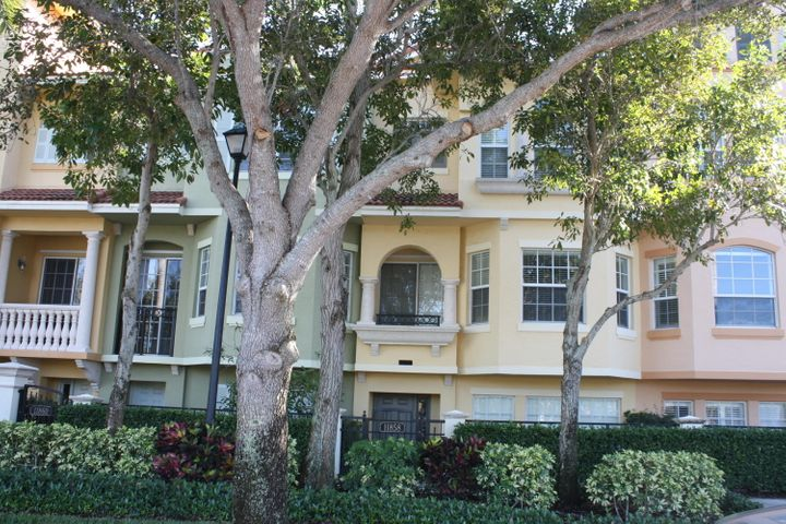 Enjoy resort style living in this beautiful, gated Community . Townhome features Large walk-in closets in bedrooms. Located in the heart of Palm Beach Gardens. Many amenities, clubhouse, exercise room, pool and Jacuzzi. Close to Gardens Mall, Downtown at the Gardens, Restaurants and more!