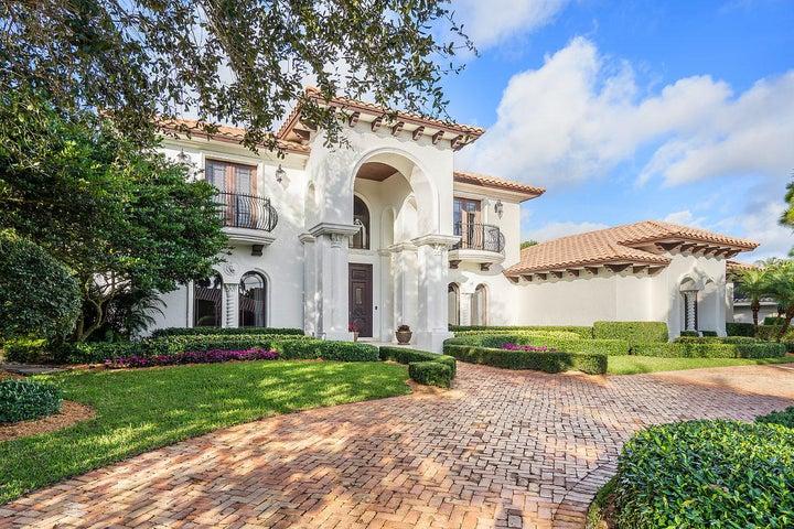 10565 Pine Tree Terrace, Boynton Beach, FL 33436