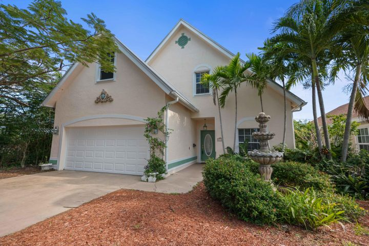 1118 N Lakeside Drive, Lake Worth, FL 33460
