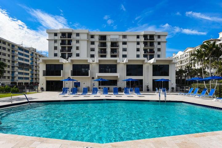 145 Ocean Avenue 320, Palm Beach Shores, FL 33404