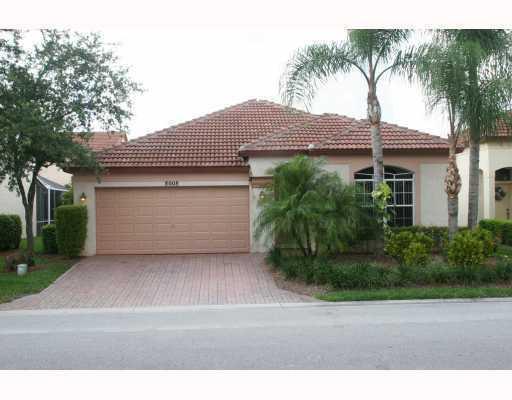 8008 Via Hacienda, Palm Beach Gardens, FL 33418