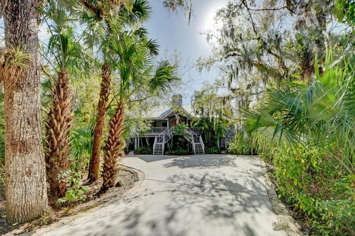 1800 Old River Road, Fort Pierce, FL 34982