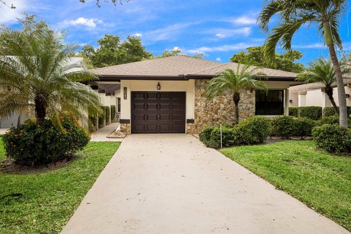 10549 Fern Tree Way, Boynton Beach, FL 33436