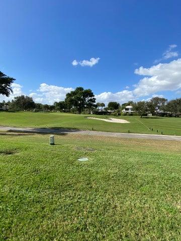 35 Glens Drive W, Boynton Beach, FL 33436
