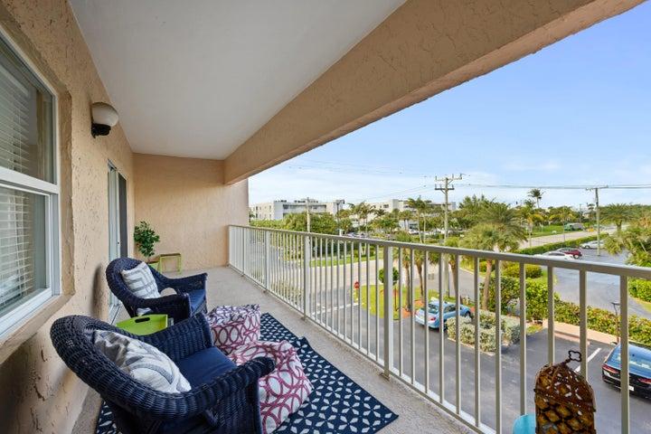 3520 S Ocean Boulevard H306, South Palm Beach, FL 33480
