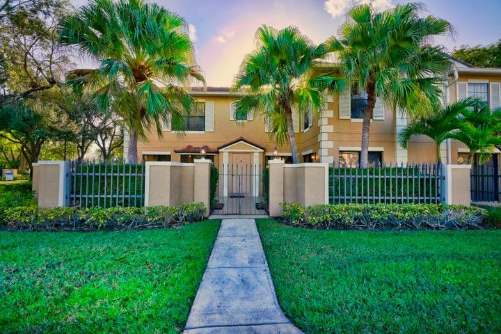 365 Prestwick Circle, 2, Palm Beach Gardens, FL 33418