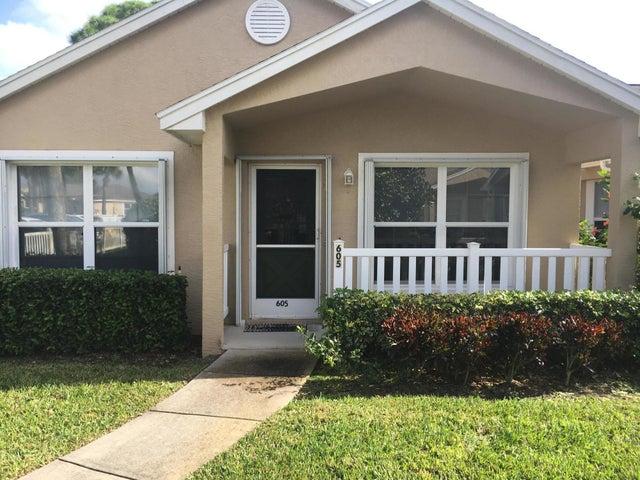 605 NW San Remo Circle, Port Saint Lucie, FL 34986