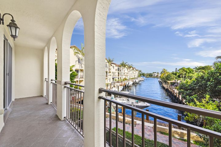 3149 Waterside Circle, Boynton Beach, FL 33435