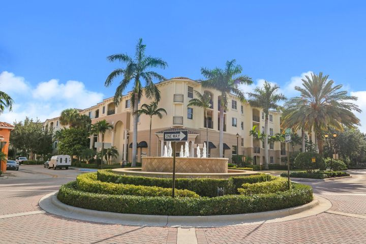 4207 Renaissance Way, 207, Boynton Beach, FL 33426