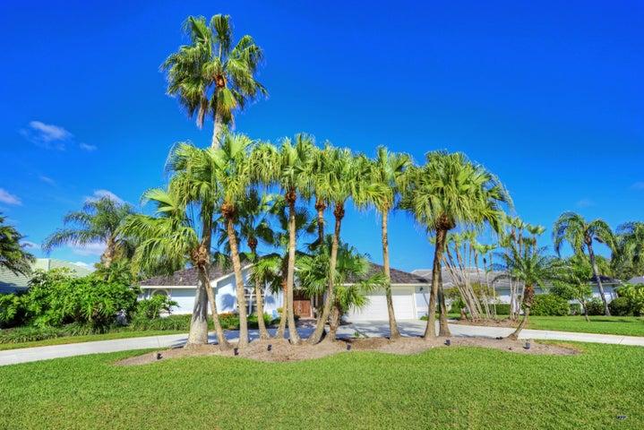 8879 SE Marina Bay Drive, Hobe Sound, FL 33455