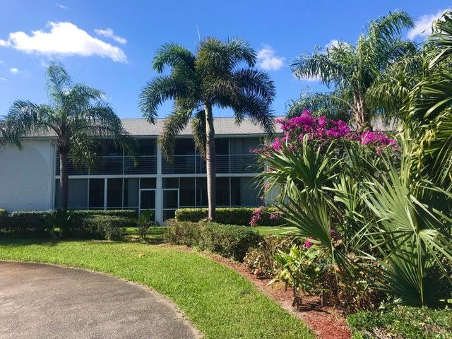 10 Garden Street, 205s, Tequesta, FL 33469