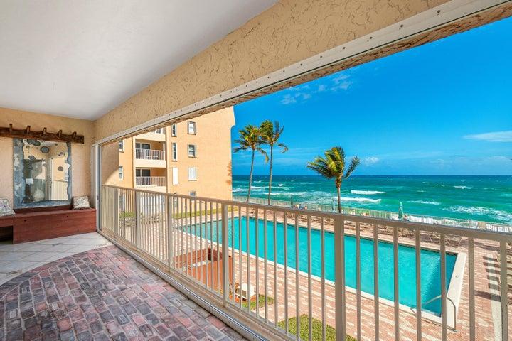 3520 S Ocean Boulevard A203, South Palm Beach, FL 33480