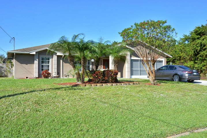 4542 SW Paley Road, Port Saint Lucie, FL 34953
