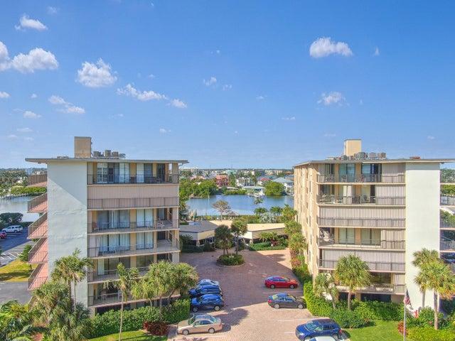 3545 S Ocean Boulevard 203, South Palm Beach, FL 33480