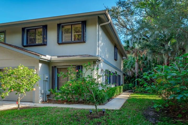 5467 SE Schooner Oaks Way, Stuart, FL 34997