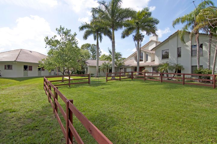 Large property with great CBS 6 stall barn & separate paddock .