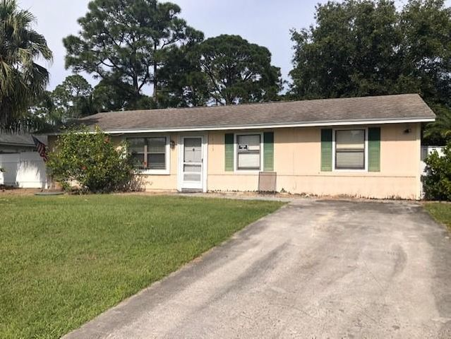 2113 SW Fears Avenue, Port Saint Lucie, FL 34953