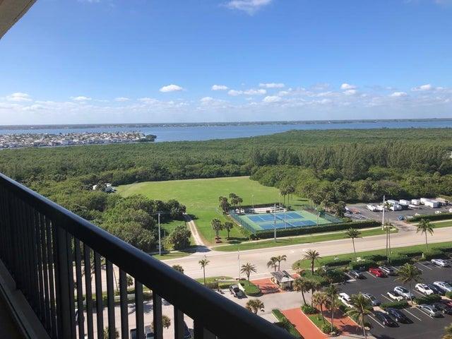 9550 S Ocean Drive, Ph-3, Jensen Beach, FL 34957
