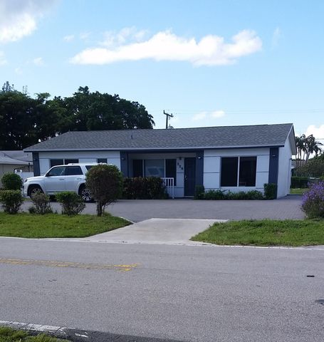 226 SE 23rd Avenue, Boynton Beach, FL 33435