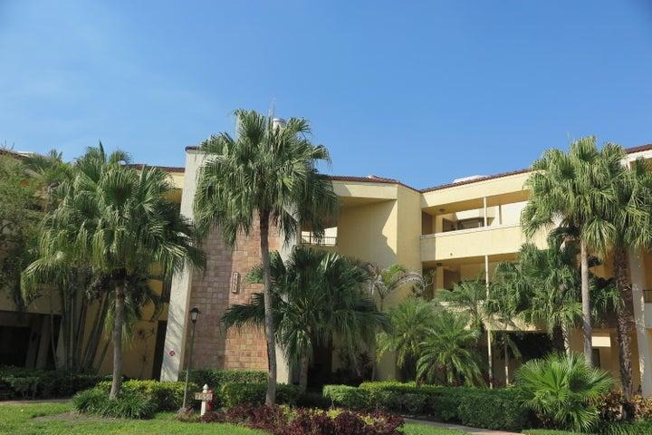 7535 La Paz Boulevard, 306, Boca Raton, FL 33433