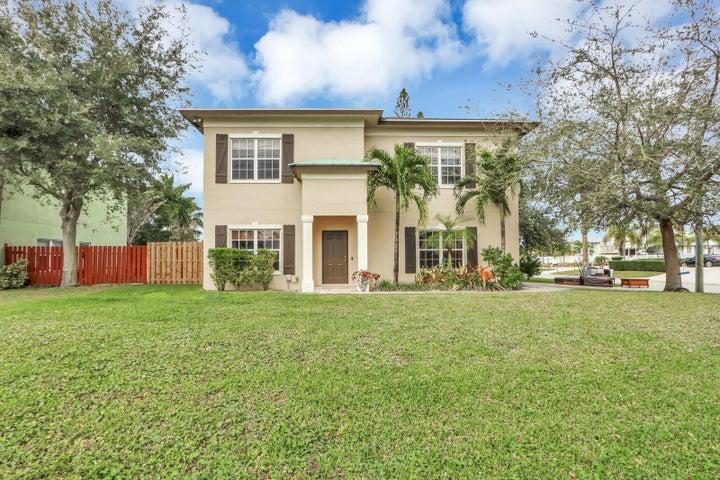 860 SW 27th Street, Palm City, FL 34990