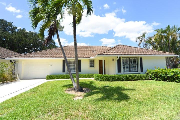 11340 Briarwood Place, North Palm Beach, FL 33408