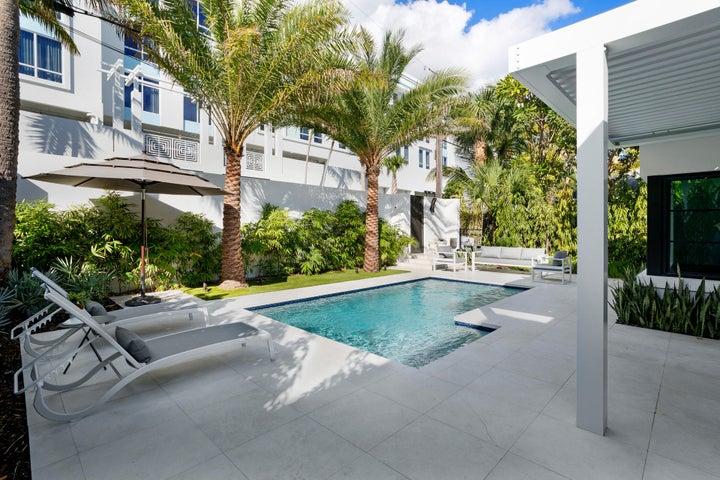 126 SE 7th Avenue, Delray Beach, FL 33483