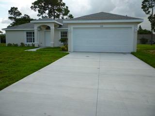 158 NW Byron Street, Port Saint Lucie, FL 34983