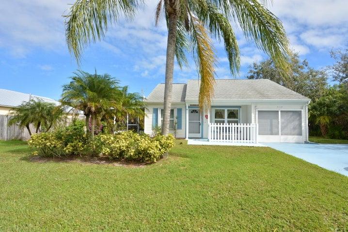 2119 SE Trillo Street, Port Saint Lucie, FL 34952
