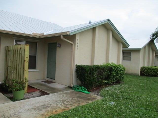8939 SE Hobe Ridge Avenue, Hobe Sound, FL 33455
