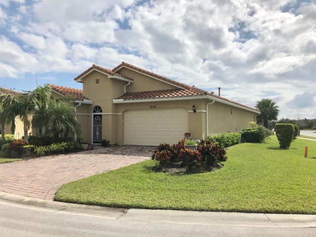 9630 SW Gum Tree Court, Port Saint Lucie, FL 34987