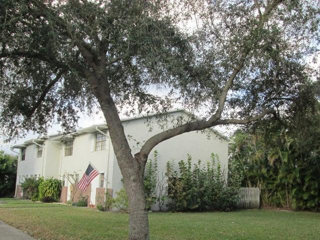 427 N Cypress Drive, 2, Tequesta, FL 33469