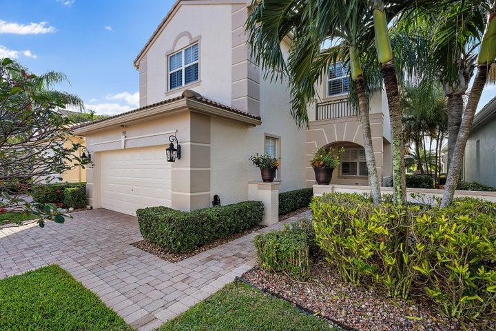 202 Isle Verde Way, Palm Beach Gardens, FL 33418