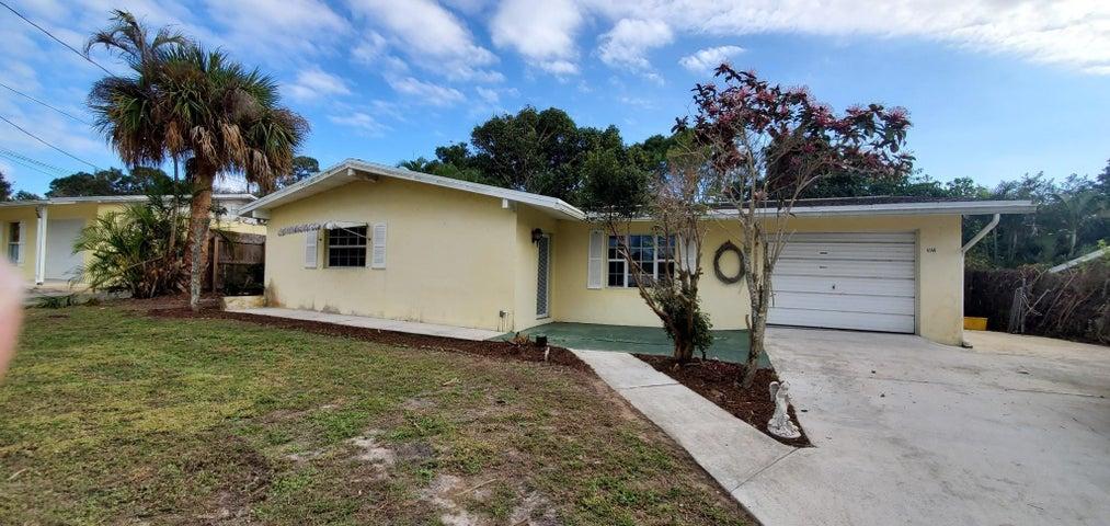 4146 NE Hyline Drive, Jensen Beach, FL 34957