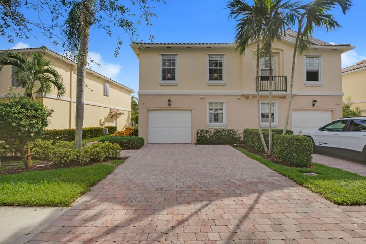 150 Santa Barbara Way Palm-large-003-13-