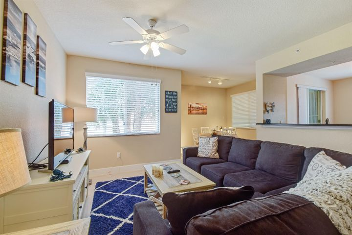 Great opportunity for a 30 day rental in April or seasonal rental November 1, 2020 - April 2021 (90 days minimum stay) in a wonderful gated mixed use community in the heart of Palm Beach Gardens. Beautifully appointed. Easy walk to the Clubhouse, Capitol Grill and other great restaurants and small boutiques. Five minutes to the movies, five star shopping, signature golf, waterfront entertainment and the beach. Tenant and credit background check required. Contact Listing Agent for more information 561-309-3042.