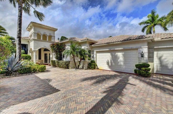 22 Island Drive, Boynton Beach, FL 33436
