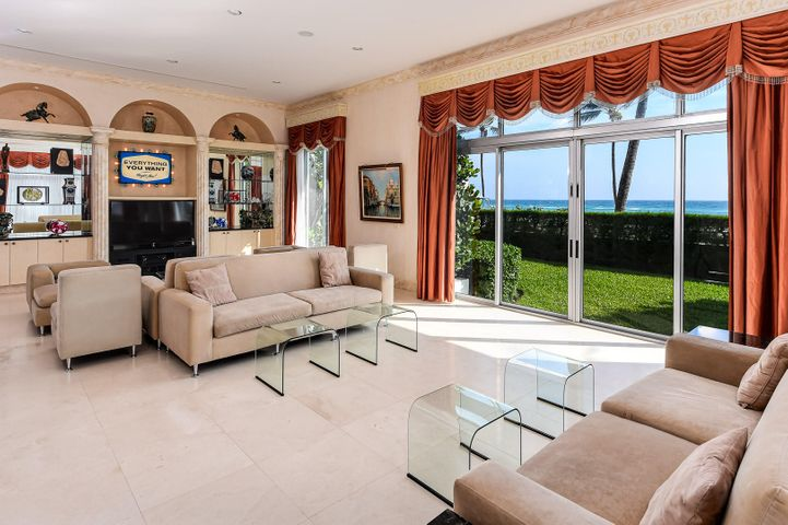 Palm Beach's best kept secret! This 4 Br 4.5 Ba beauty is now available. Soaring 12-14 ft ceilings are perfect for your favorite art, sweeping ocean views from the expansive 35 foot long living room are ideal for entertaining. Enormous ocean view master with soaking tub and his/hers closets, oversized chef's kitchen, three additional bedrooms - all ensuite. And yet there's more - a private media room, plus two separate offices. Located at the prestigious corner of shopping & dining mecca Worth Ave & S. Ocean Blvd. The white-glove Winthrop House offers, private beach tunnel, state of the art gym, sun deck, a newly renovated pool with shaded pergolas & sun chairs and garage parking in a pet friendly building. This may be a condo but it lives like a private home.