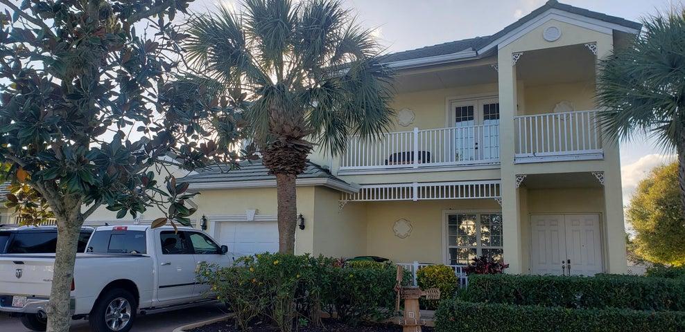177 NW Magnolia Lakes Boulevard, Port Saint Lucie, FL 34986