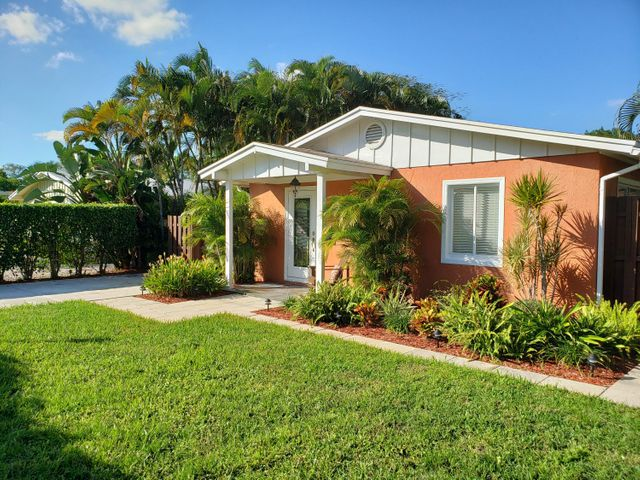 245 NE 12th Street, Delray Beach, FL 33444