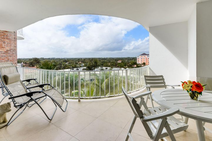 Exceptional interior design with quality appointments throughout. Split bedroom floor plan, washer and dryer in the apartment. Spacious balcony with privacy and serene S/W tropical views of the estate section. Building amenities include: garage parking, security and 24 hour door person, fitness facility, social room, roof-top sundeck, private tunnel to the beach, inviting heated pool with lush vegetation, small pet permitted with Board approval -, all on World Famous Worth Ave. and the Ocean.