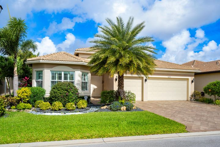 Lushly Landscaped Exterior