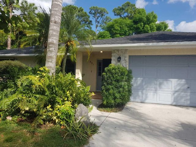 CBS, 3 bedroom 2 bath 2 car garage, fenced in back yard in Port St. lucie.Updated home with skylight in the kitchen, builder touches throughout the house, with  newer appliances, screened porch and lush landscaping! Hot tub in AS IS condition.  AC 2014Hot water Heater 2018Roof 2005
