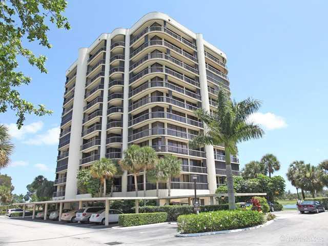 2427 Presidential Way, 701, West Palm Beach, FL 33401