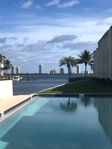125 Shore Court, 304b, North Palm Beach, FL 33408