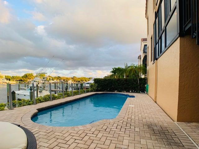 13340 Mangrove Isle Drive, Palm Beach Gardens, FL 33410