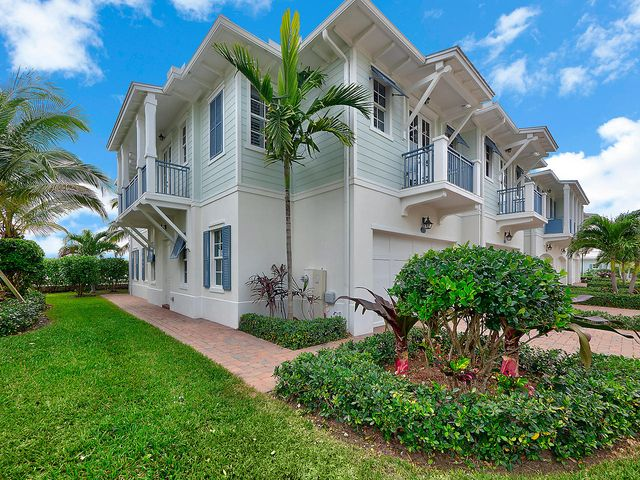 136 Ocean Breeze Drive, Juno Beach, FL 33408