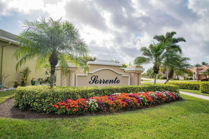 8211 Bellafiore Way, Boynton Beach, FL 33472
