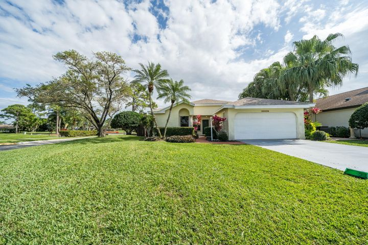 Eastpointe home on a corner lot with golf views and just steps from the pool. The layout is a 2 bedroom split floor plan with an office/den and a large screened back porch with views of the putting green.  The home has a gas grill, washer and dryer. This is the perfect seasonal rental for avid golfers and those who enjoy proximity to all that Palm Beach Gardens has to offer. The community offers a clubhouse with resort style heated pool and fitness center, cardroom, two Fazio golf courses, driving range, putting green, pro shop, tennis courts, restaurant and bars. Social membership is transferable and golf membership can be added. View all the amenities at: www.Eastpointe-cc.com A Junior Golf Membership is transferable upon move in. To qualify, participant must be under the age of 45. Please inquire for more details.